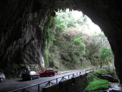 La cuevona. Cuevas en Ribadesella